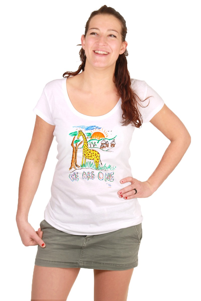 We-are-one: Girl Shirt // Organic